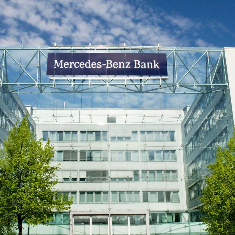 jeder zweite mercedes von der mb-bank finanziert