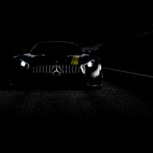 Mercedes-Benz: Schwarzer König