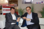 (l.) Franz Josef Medam, ACER, mit Werner Nieberle, IT-BUSINESS