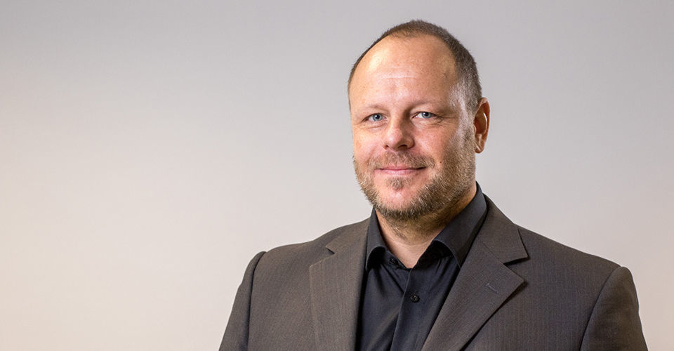 Hannes Heckel ist Director Marketing bei Fast LTA.