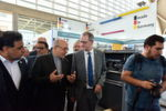 The Iranian Minister of Industry, Mining and Trade, Mohammad Reza Nematzadeh, talking with Dr. Wilfried Schäfer (VDW).