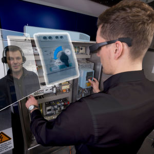 Augmented Reality in der Fabrikhalle