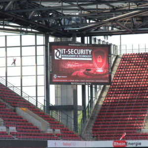 Start der diesjährigen Veranstaltungsreihe IT-SECURITY Management & Technology Conference der Vogel IT-Akademie war das RheinEnergieStadion in Köln.