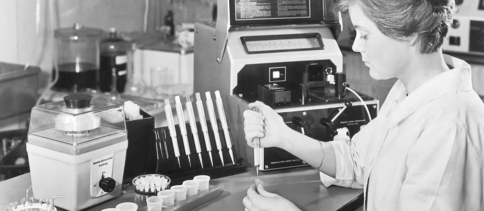 "Fig. 1: The ""Eppendorf Microliter System"": In the 1960s, the holistic approach sets a new standard in the laboratory world."
