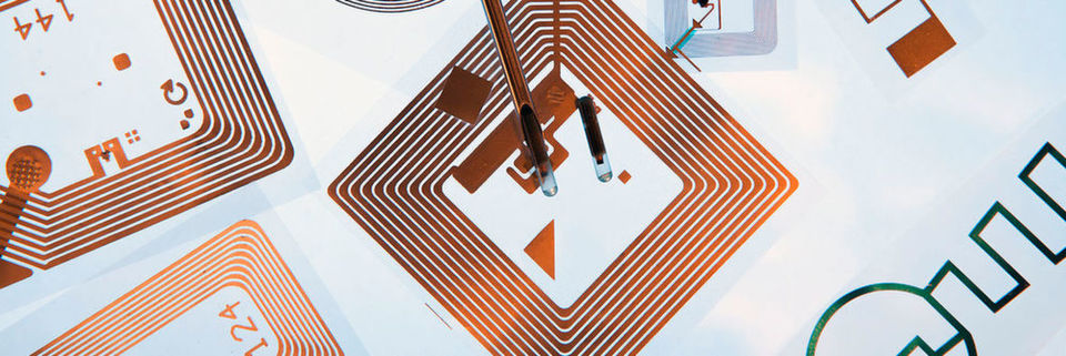 was ist rfid alles zu chips reader tags. Black Bedroom Furniture Sets. Home Design Ideas