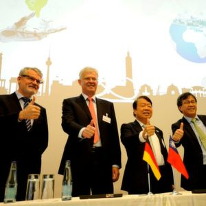 Taiwan and German delegates at the Smart Machinery Forum. .