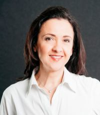 Ana Topolic ist Director Marketing Communications bei Magna Europe und Magna Steyr.