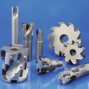The Uni-Mill FP 70 tool range consists of shell-, shank-, screw-in and multi tooth milling cutters.