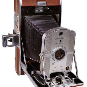 The master model of the Polaroid camera range: the Land Camera Model 95.