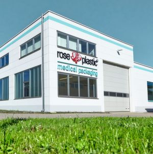 Rose Plastic Medical Packaging am Standort Hergensweiler, nahe Lindau am Bodensee.