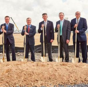 Air Products and Huntsman break ground for Air Products' new steam methane reformer and cold box to be built at Huntsman's site in Geismar, Louisiana.