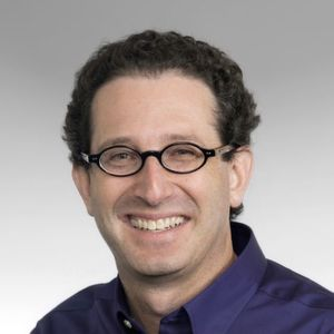 Roy Lurie ist Vice President of Engineering, MATLAB Products, bei MathWorks.