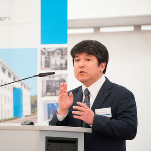 Dr. Masami Takenaka, Managing Executive Clean Energy Team, Asahi Kasei Europe, at the inauguration ceremony of the hydrogen demonstration project.