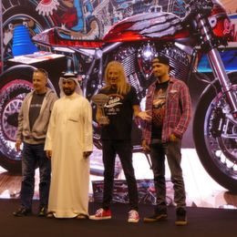 Customshow_Emirates_2018