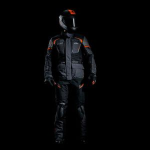 Dressed for Adventure mit KTM