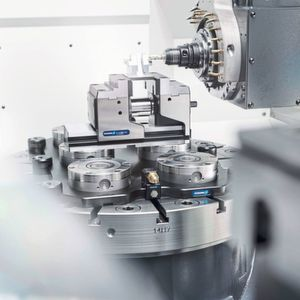 Schunk's well-armed clamping technology for the smart factory