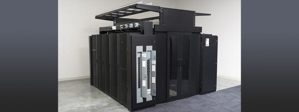 """Hyper-Pod""-Module von Schneider Electric im Customer Solution Center von Dell Technologies."