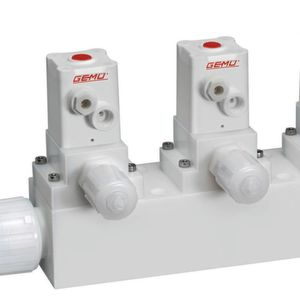 Optimized combination of modular valve block solutions and durably reliable sealing with sealing method free from O-rings