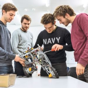 Students from ETH Zurich are developing a jumping robot that can find its way even in impassable terrain.