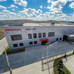 Pfeiffer Vacuum opened a new high-tech production site in Romania.