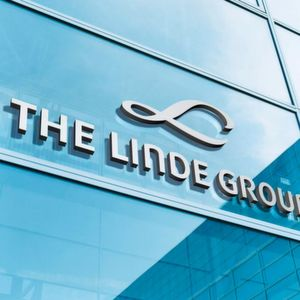 The U.S. Federal Trade Commission (FTC) has provided clearance of the business combination between Linde and Praxair.