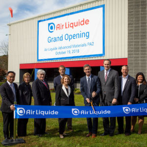 Air Liquide held a ribbon cutting ceremony for the grand opening of its new advanced materials production facility in Upper Mount Bethel, Pennsylvania.