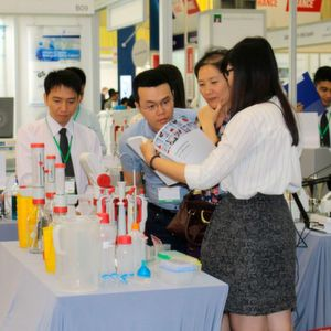 Exhibitors Keen on Meeting Vietnamese Laboratory and Research Industry