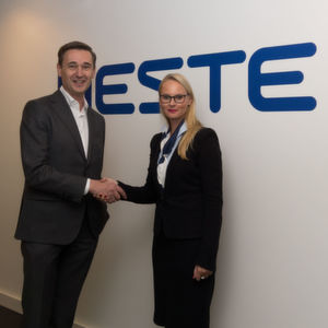 Peter Vanacker, President & CEO, Neste and Gloria Glang, VP, Head of Global Advanced Surface Solutions Business, Clariant, agreed upon a new partnership to turn renewable feedstock into raw material for hot-melt adhesives, plastics and coatings applications.