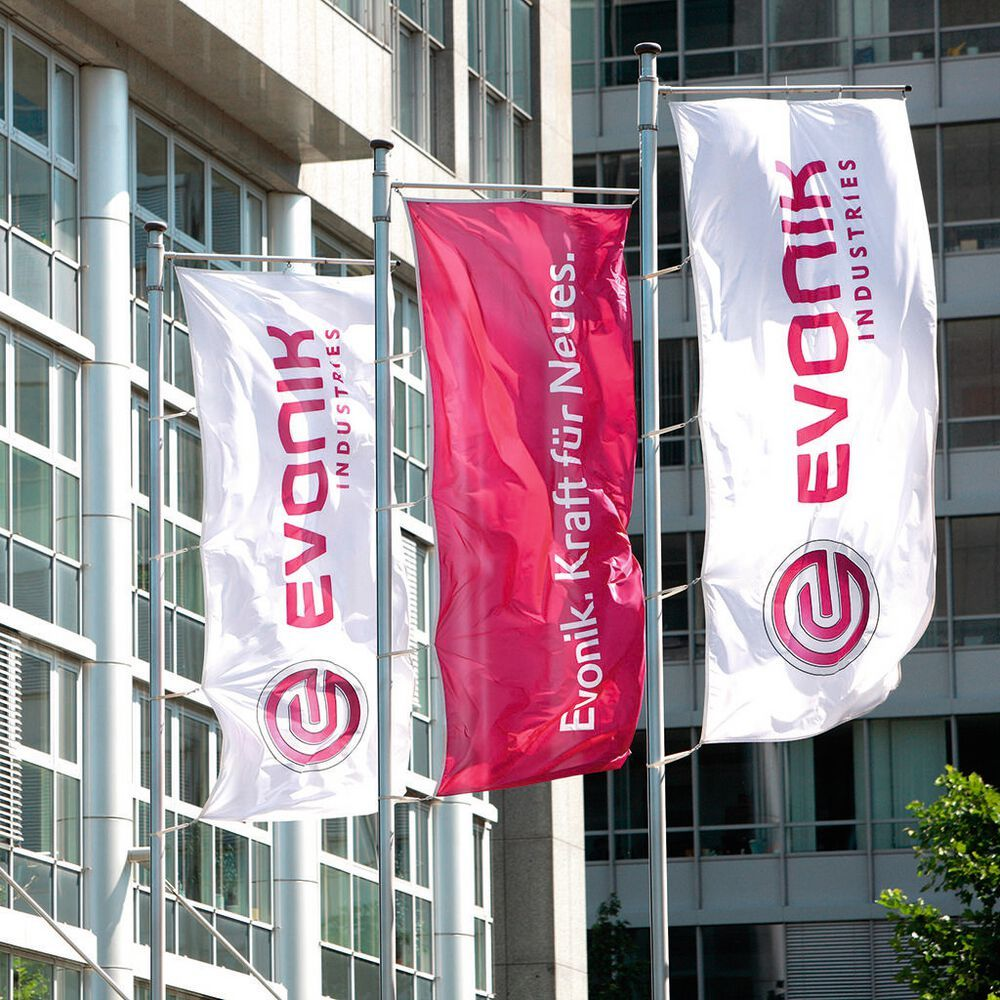 Evonik Industries has signed an agreement with One Equity Partners to acquire US-based Peroxy Chem.