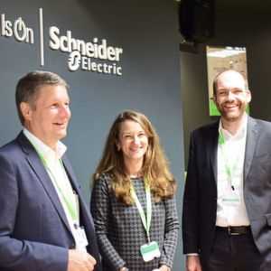 Schneider Electric investiert in Softwarekonzern