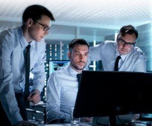 Honeywell Process Solutions erweitert das Cyber-Vantage Security Consulting Services Portfolio um zwei neue Komponenten: Tests zur Eindringtiefe und Angebote zur Systemhärtung. Damit unterstützt das Unternehmen Betreiber industrieller Anlagen bei der Sicherung der Betriebsabläufe sowie bei der sicheren Vernetzung aller Anlagenkomponenten.