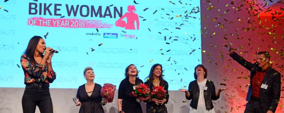 "Goldregen für die drei ""Bike Women of the year"" 2018."
