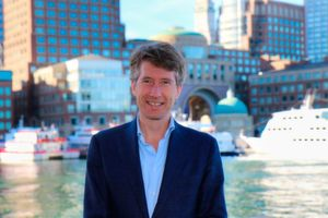 Hans de Visser ist Vice President Product and Solution Marketing bei Mendix.