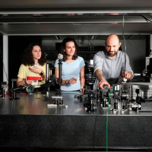 Compact Laser System Detects Gases and Molecules in the Air