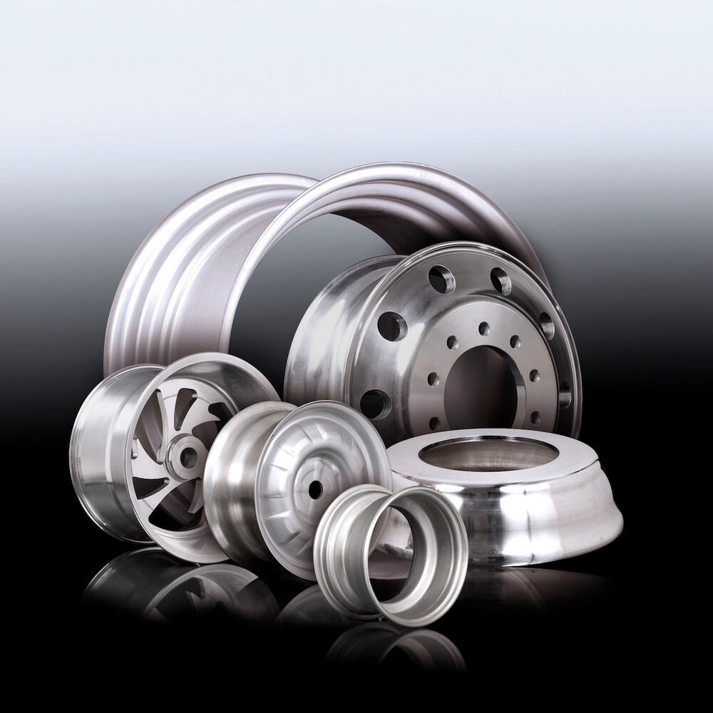 WF Maschinenbau designs and builds machines for wheel rim production.
