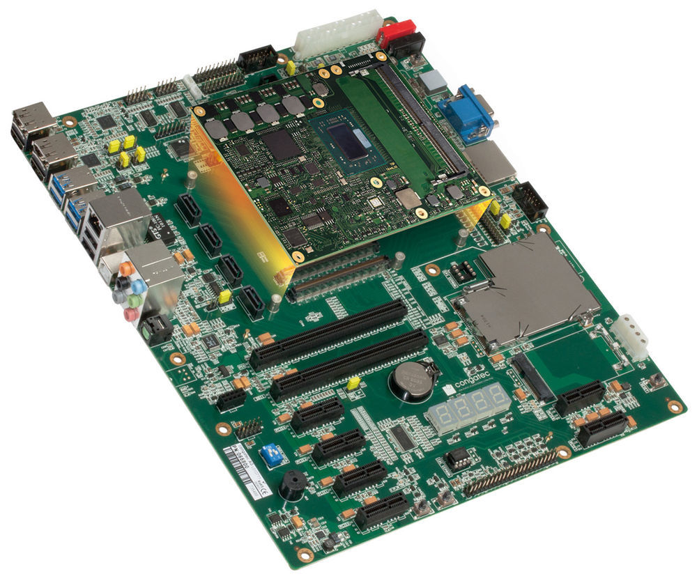 Das congatec Evaluation Carrier Board mit AMD Ryzen Embedded 1000 oder AMD EPYC Embedded 3000 Prozessoren