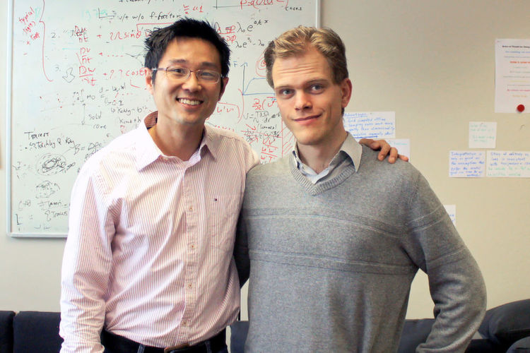 Prof. Dr. Kevin Heng, Center for Space and Habitability (CSH) und Dr. Jens Hoeijmakers, CSH und