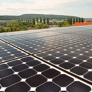 Solarinseln-f-r-ausgewogene-CO2-Bilanz-