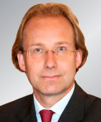 Keynote-Speaker auf der Cloud 2019 Technology & Services Conference: Rechtsanwalt Prof. Dr. Peter Bräutigam, Fachanwalt für IT-Recht.