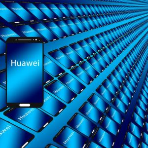 Huawei introduces smartphone without Google Apps