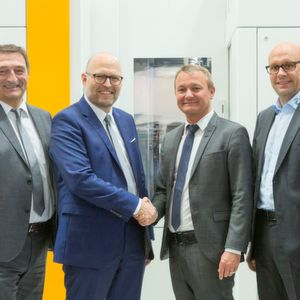 LMT Tools and Liebherr-Verzahntechnik sign exclusive agreement for chamfer solutions