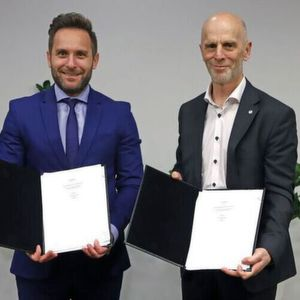 The technical consultancy and PMC+ contract has been signed with Fluor and the services will involve end-to-end project management across all functional areas.
