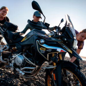 BMW GS Trophy 2020 (Tag 2): Fightclub am Strand