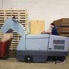 Reinigungsmaschinen für harte Einsätze in der Innen- und Außenreinigung