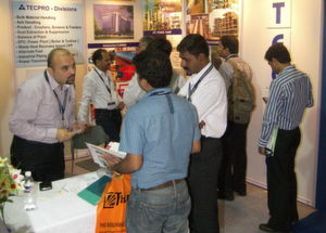 At Bulk Solids India 2009: Turnkey solutions in bulk material handling systems, ash handling and pollution control of Tecpro, India, met a lot of interest. (Picture: Vogel Business Media)