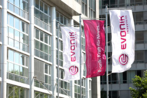 By acquiring the polymer and formulation services businesses of SurModics Evonik continues to expand in the pharmaceuticals business. (Picture: Evonik Industries)