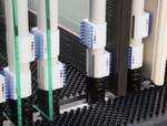 Die sensiblen Fasern der Klipsbürste sichern zuverlässig gegen Beschädigungen und Mattierungen ab.
