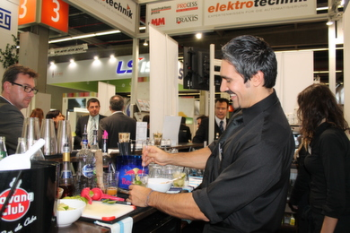 Cocktail-Happy-Hour auf der SPS IPC Drives 2012