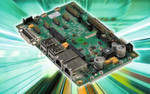 Bild 2: Das Qseven-Basisboard Q7-MB-EP4 nimmt das Q7-IMX6 auf (Sockel auf der Unterseite) und verfügt über Schnittstellen wie LAN, DVI, LVDS, USB, mSATA, UART, Backlight und einen SD-Kartenschacht