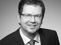 Lutz Hardge, Director Sales Visual Solution bei Sharp Electronics